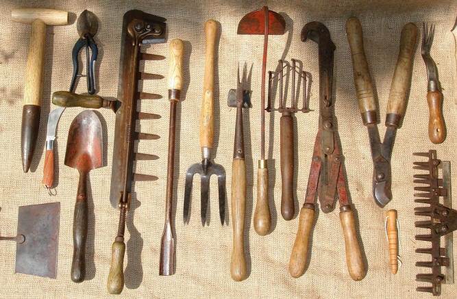 Welcome To The Home Of Vintage Agricultural And Garden Tools.